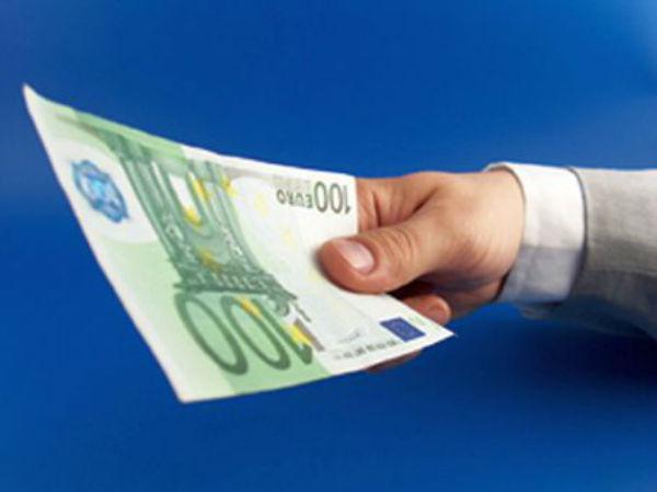 mita 100 euro